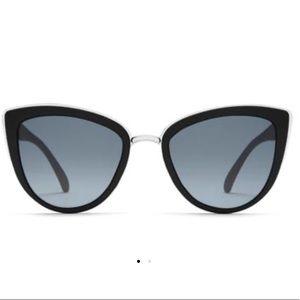 "Quay Australia ""My Girl"" Sunglasses in Black NWT"